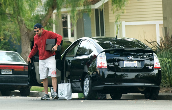 Why Celebs Really Drive A Prius And Why We Shouldn't ...