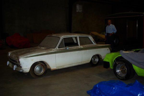 Gas monkey garage and the lotus cortina gargling gas for Garage lotus